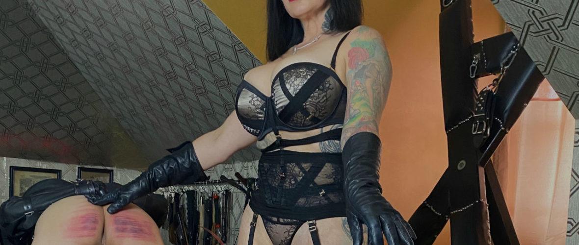 Ava_Von_Medisin_Sissy_Manor_Mistress